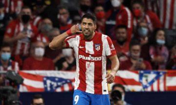 Luis Suarez เผยเหตุผลทำท่าฉลองดีใจยกหู เปล่าเย้ย คูมัน หลังชนะบาร์ซ่า